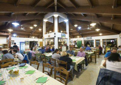 Ristorante Pizzeria Camping Vettore Montegallo Monti Sibillini12
