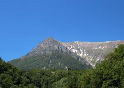 Trekking a Piedi a Montegallo sui Monti Sibillini12
